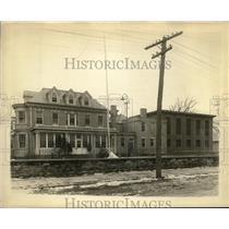 1919 Press Photo Sheriff Perkins office building & jailWhite & james were held