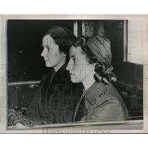 1939 Press Photo Miss Otter (left) and Miss Sonja Carlsson first two women