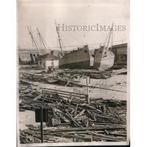 1938 Press Photo Tossed Fishing Boats After Storm in New London Connecticut