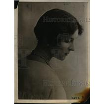 1920 Press Photo Lady Pennoyer, the daughter of the late Lord Alex, attache to