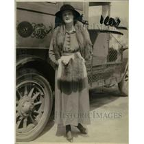 1922 Press Photo Miss Kathleen M. Maxwell, daughter of Sir and Lady William