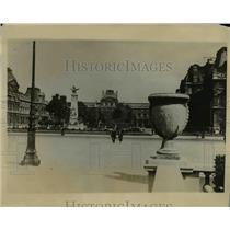 1927 Press Photo Scenes in Paris where the American Legion Meets at the Garden