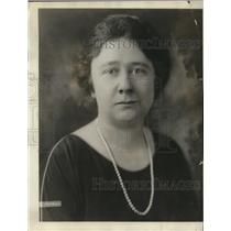 1922 Press Photo Miss Edith Ferry of A.G Spalding and Bros who is