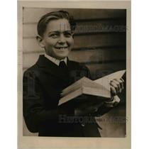 1922 Press Photo Arthur Gttesman, 8-years-old, barred from High School.