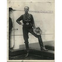 1925 Press Photo Nicholas Milanesio of Argentina enroute to Hollywood