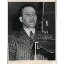 1948 Press Photo Chicago Nicholas Icholoff Zaikohr was arrested yesterday on