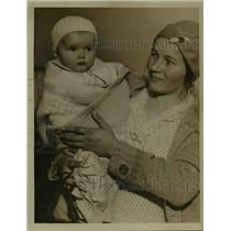 1922 Press Photo Mrs Margaret Fedor and Margaret, 8905 Easton