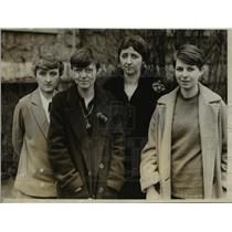 1928 Press Photo Bryn Mawr College Students win European Fellowships