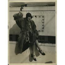 1926 Press Photo Marion Saki Theatrical Star on S.S. Aquitania
