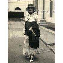 1924 Press Photo Mrs Bernice DePasquali visits at the White House