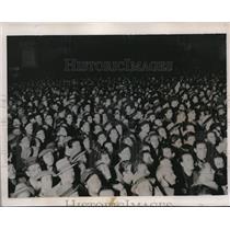 1935 Press Photo Crowd at Piazza Venezia, Rome to hear Premier Mussolini