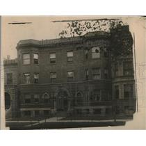 1919 Press Photo Mystery?, Percell lived on 1st floor