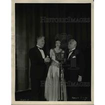 1929 Press Photo Geneieve Rowe wins Natl Radio audition, Martinelli, Sturani