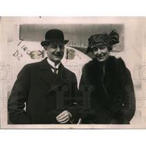 1921 Press Photo F Wallenberg Swedish Minister & wife in Wash DC