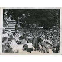 1946 Press Photo Atlanta Ga Drew Pearsonanswers charges by KKK