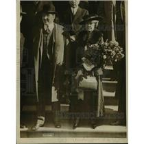 1919 Press Photo Mr & Mrs Jas W Gerard in Wash DC