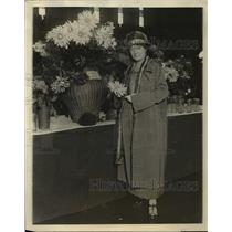 1924 Press Photo Mrs. Charles H. Stout, American Dahlia Society vice president