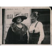 1922 Press Photo Mrs. Winifred McHenry and Marie Stenroth at WCTU Convention