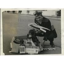 1928 Press Photo Patrolman Stanley H Palaska in Long Beach Calif