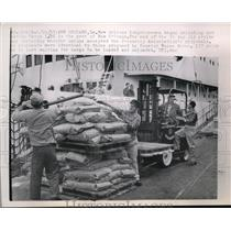 1963 Press Photo New Orleans longshoremen back to work after 34 day strike