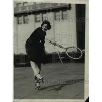 1926 Press Photo LA Calif roller skate tennis by Antoinette Pellant