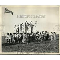 1930 Press Photo Horns Society of Native Americans at ceremony