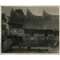 1930 Press Photo The picturesque Minangkabau houses on the Sumatra Highlands