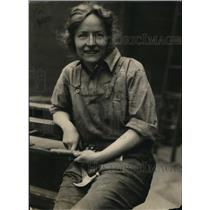 1922 Press Photo Dorothy Moore, who has adopted the Carpenter's workbench