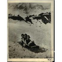 1923 Press Photo School teachers having great time at the majestic Mount Rainier