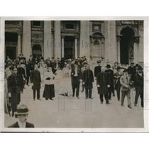1926 Press Photo Bride Signorina And her groom outside St Peters Rome