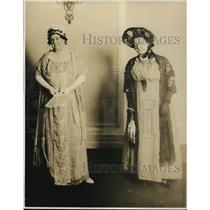 1915 Press Photo Mrs. Lisde Zeriwelleger as Dr. Thornton's Wife