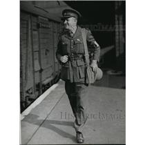 1939 Press Photo RD McMillan British UP correspondent