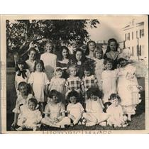 1923 Press Photo  A large group of children