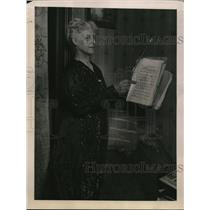 1922 Press Photo Miss Emma R. Steiner, Only Woman Director of Opera in Country
