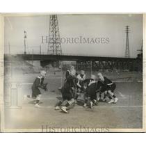 1930 Press Photo The Oxford-Cambridge Lacrosse Team held its 1st practice