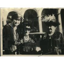 1923 Press Photo Louise Wells pres Women's Overseas League, Mrs J Cannon,
