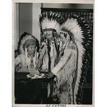 1940 Press Photo Thomas Yollup, Frank Totus & Alex Saluskin, Yakima Indian Chief