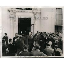 1938 Press Photo Henry Ford with H. Cunningham as they leave the White House