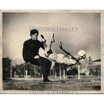 1927 Press Photo Edward & Phyllis Adajio Performing Acrobatic Spin