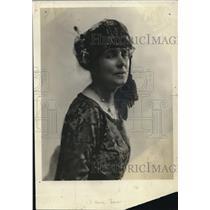 1922 Press Photo Mrs Mary H Quinivalt