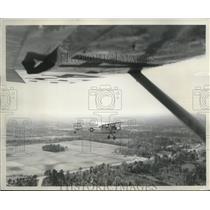 1951 Press Photo Anzio L-5 Airplane wing view