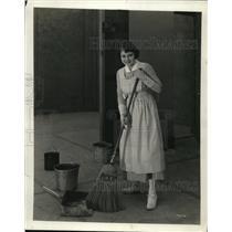1923 Press Photo Helen Chadwick on Goldwyn stage