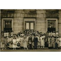 1923 Press Photo Group of People Pose In State Capitol - Raleigh North Carolina