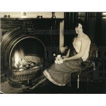 1920 Press Photo Edwina Levin NY magazine writer in Wash DC