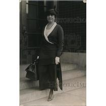 1919 Press Photo Zoe Beckley, Nespaperwoman