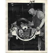 1926 Press Photo Airthur Huntington motor assembly