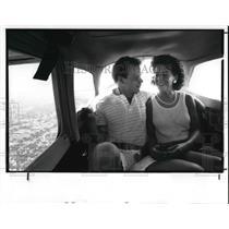 1987 Press Photo Brian Gesicki and Lynette Kopp in Baron Aviation