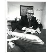 1988 Press Photo Edwin I. Colodny, USAIR