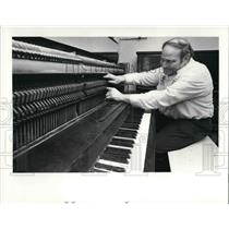 1981 Press Photo Marvin Kaffeman Piano Man