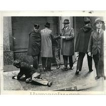 1934 Press Photo Paris Riot Police City Hall Communists Harmed Demonstration